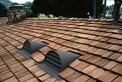 Navarro roofing fire resistant cedar shingle roofs for Fire resistant roofing