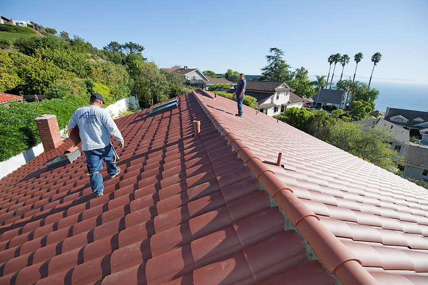 Clay Tile Roof You Can Walk On In Palos Verdes