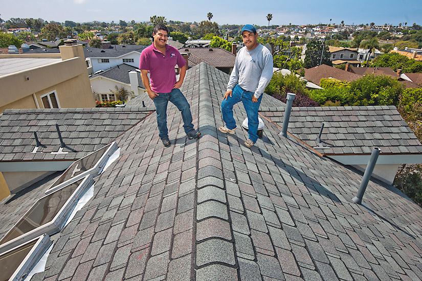 Beautiful Roofers On A CertainTeed GrandManor Shingle Roof  Gatehouse Slate    Manhattan Beach
